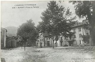 Place Temple en 1920 à Burzet